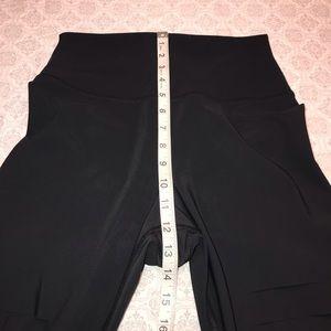 ALO Yoga Pants - ALO BLACK HIGH-WAIST RIPPED WARRIOR LEGGING Sz M